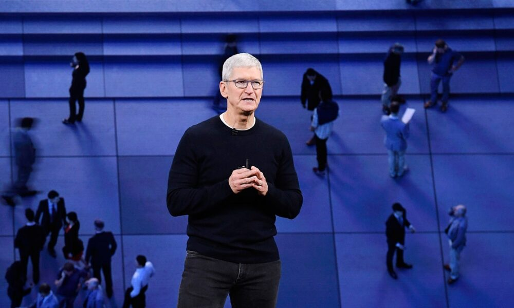 Cryptocurrency  Bitcoin Facebook and Apple Feud Over the Future of the Internet