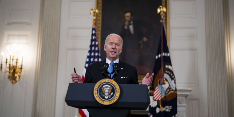 Technology Biden pushes EV chargers as six utilities plan a unified network