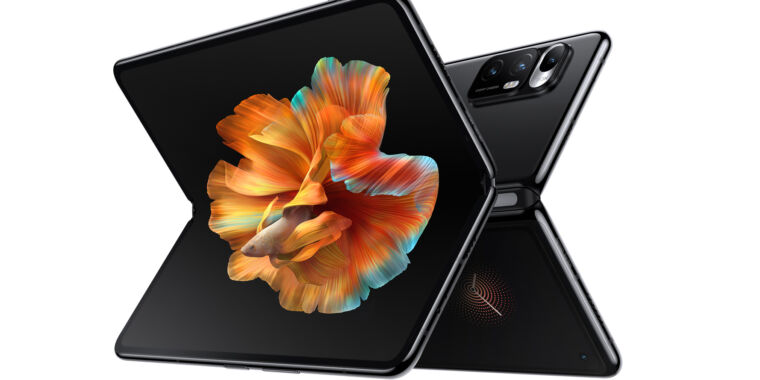 Technology Xiaomi's first foldable smartphone takes on the Samsung Galaxy Fold