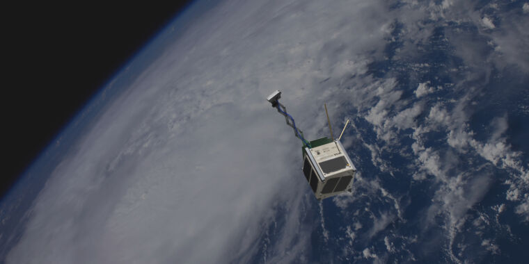 Technology Finland may beat Japan in the wooden-satellite space race