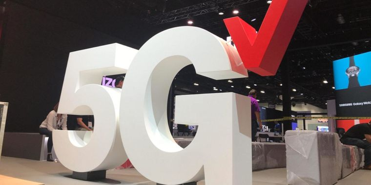"""Technology Verizon """"leads"""" all US carriers in mmWave 5G availability at 0.8%"""