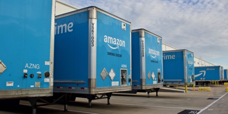 """Technology Amazon """"seized and destroyed"""" 2 million counterfeit products in 2020"""
