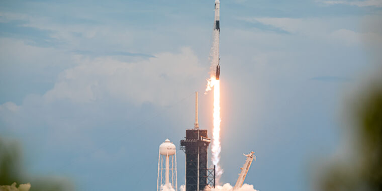 Technology Rocket Report: SpaceX breaks streak of used launches, FAA clears Electron