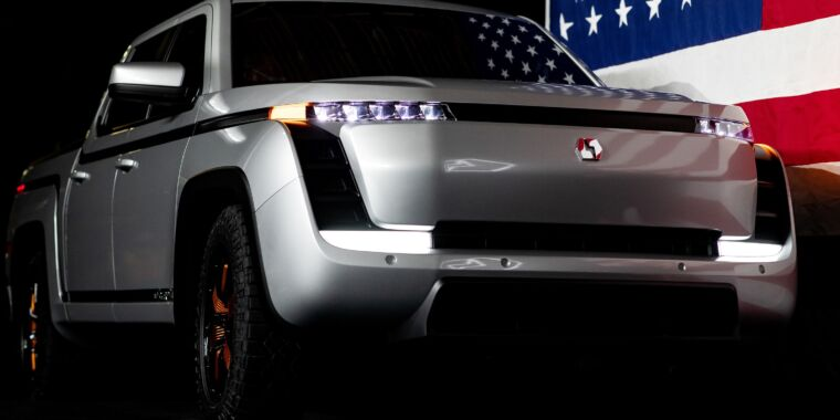 Technology Electric work truck startup Lordstown Motors just lost its CEO and CFO