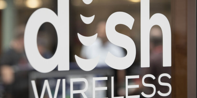 Technology Dish to pay AT&T $5 billion for network access amid feud with T-Mobile