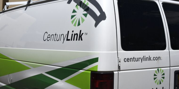 Technology CenturyLink selling copper network in 20 states instead of installing fiber
