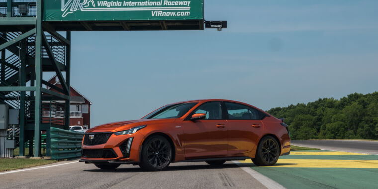Technology Cadillac says goodbye to the performance V8 with 200 mph CT5-V Blackwing