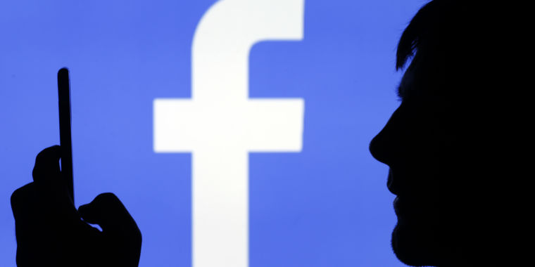 Technology Facebook forced troll farm content on over 40% of all Americans each month